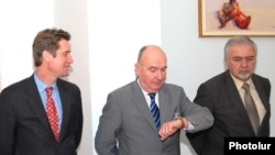 The American, French and Russian co-chairs of the OSCE Minsk Group pictured before a meeting with Armenian President Serzh Sarkisian on April 21, 2009.