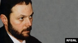 Володимир Кара-Мурза старший протягом багатьох років вів авторську програму «Грані часу» на російській службі Радіо Свобода.