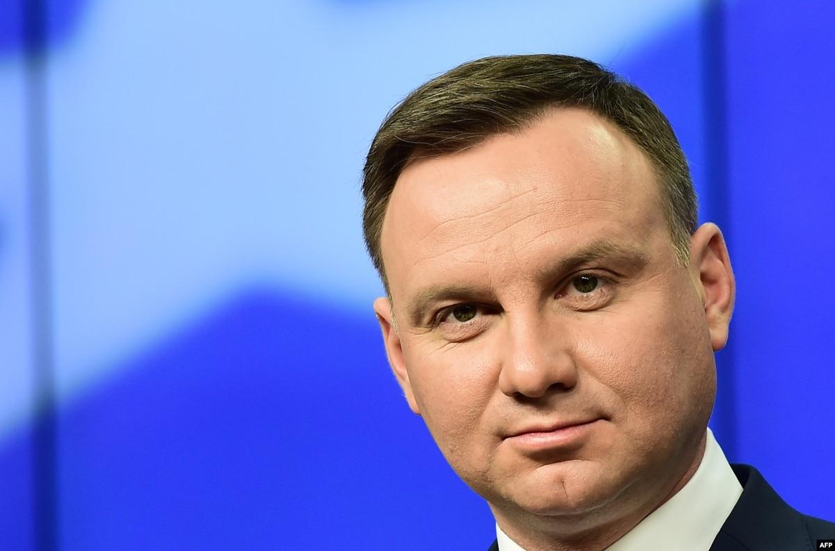 Президент Польши поведал о сговоре Сталина и Гитлера