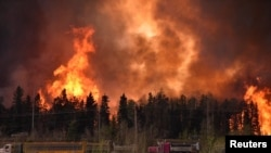 Лесной пожар в районе Форта Макмюррей