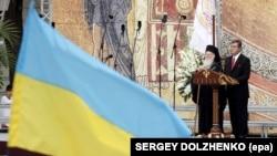 Вселенський патріарх Варфоломій I і президент України Віктор Ющенко (праворуч) під час урочистостей з нагоди 1020-річчя Хрещення України-Руси, 26 липня 2008 року