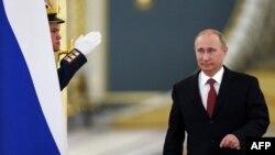 Оьрсийчоь -- Кремлехь министрийн кабинетан шорйинчу кхеташоне воьдуш ву Путин Владмир, 31Деч2013