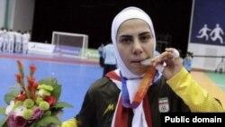 Iranda qadın futbol millisinin üzvü