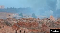 Позиция боевиков близ сирийского города Алеппо.