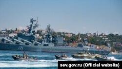 Військові кораблі в Севастополі готують до параду на честь Дня ВМФ Росії, архівне фото