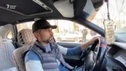 Вазири нақлиёт аз таксиҳои арзон пуштибонӣ кард