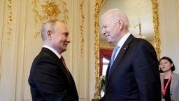 Владимир Путин а, Джо Байден а Женевехь, Манга. 16-гIа, 2021 шо