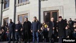 Митинг оппозиции на площади Свободы в Ереване (архивная фотография)