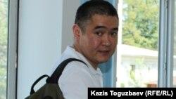 Предприниматель Искандер Еримбетов, обвиняемый по делу «о мошенничестве», в Медеуском районном суде по уголовным делам. Алматы, 18 июля 2018 года.