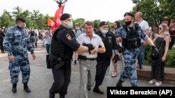 Moskvada vaksinasiyaya etiraz aksiyası, iyun, 2021-ci il