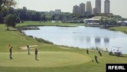 Поле московского гольф-клуба соответствует мировым стандартом