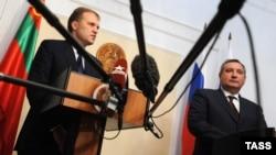 Evgheni Şevciuk şi Dmitri Rogozin la TIraspol, 16 aprilie 2012