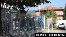 Hyrja drejt Gjykatës së Qarkut në Mitrovicë...