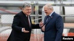 Пятро Парашэнка і Аляксандар Лукашэнка, архіўнае фота