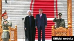 Церемония встречи Хасана Роухани в Душанбе. Архивное фото