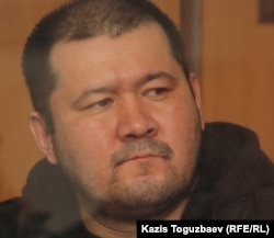 Алмаз Игиликов, подсудимый по делу об убийстве кыргызского журналиста Геннадия Павлюка. Алматы, 11 октября 2011 года.