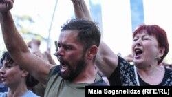 Тбилисский марш радикалов: самые яркие фотографии 5 июля