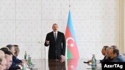 İlham Əliyev Nazirlər Kabinetinin iclasında - 8 iyul 2018