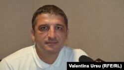 Vlad Țurcanu în studioul Europei Libere la Chișinău