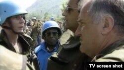 Ratko Mladić u Srebrenici 1995.