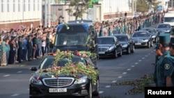 Өзбекстан президенті Ислам Каримов миына қан құйылып, Ташкент ауруханасына тамыздың 27-сі түсті, қайтыс болғаны қыркүйектің 2-сі хабарланды.