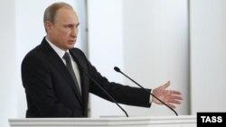 Ռուսաստանի նախագահ Վլադիմիր Պուտինը ուղերձով է հանդես գալիս Դաշնային ժողովում, 4-ը դեկտեմբերի, 2014թ․