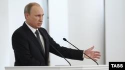 Президент России Владимир Путин во время выступления с ежегодным посланием к Федеральному собранию