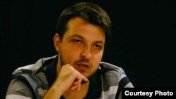 Кирил Дончов Активист на Ние Младите, професор и сценарист