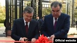 Эмомали Рахмон и Шавкат Мирзияев. Душанбе, 9 марта 2018 года