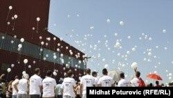 Obilježavanje godišnjice zatvaranja logora Omarska (arhivska fotografija)