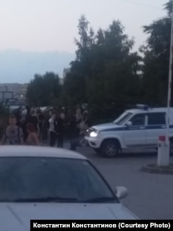 Полиция на месте нападения на поклонников аниме, Новосибирск, 29 августа 2021 года