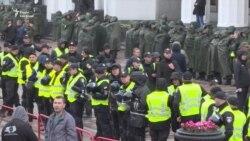 Конфлікт автомобілістів і поліції під Радою (відео)