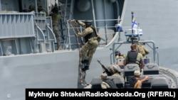 Sea Breeze-2019: спецназ штурмував фрегат «Гетьман Сагайдачний» (фоторепортаж)