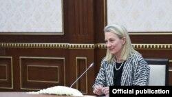 Первый заместитель помощника госсекретаря США по делам Южной и Центральной Азии Элис Уэллс.