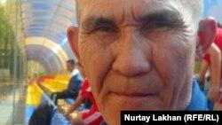 Тренер Бауыржан Сарсекенов. Алматы, 17 апреля 2012 года.
