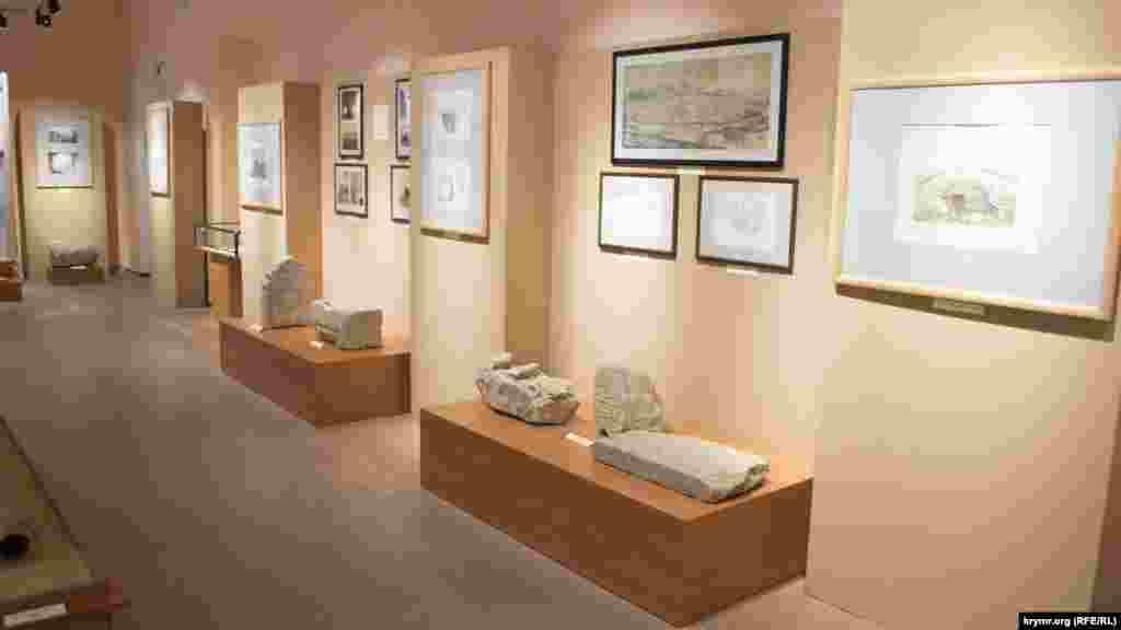 Другий зал виставки «Кримський юрт Золотої Орди. Спадщина зниклої імперії»