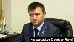 Парламентарии от «Единой Осетии» избрали нового председателя фракции – им стал спикер парламента Петр Гассиев