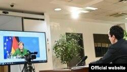 Kryeministri i Kosovës, Albin Kurti, në takim virtual me kancelaren gjermane, Angela Merkel.