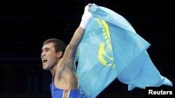 Лондон олимпиадасының чемпионы Серік Сәпиев. 12 тамыз 2012 жыл