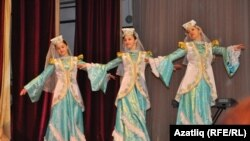 Татар кызлары биюе