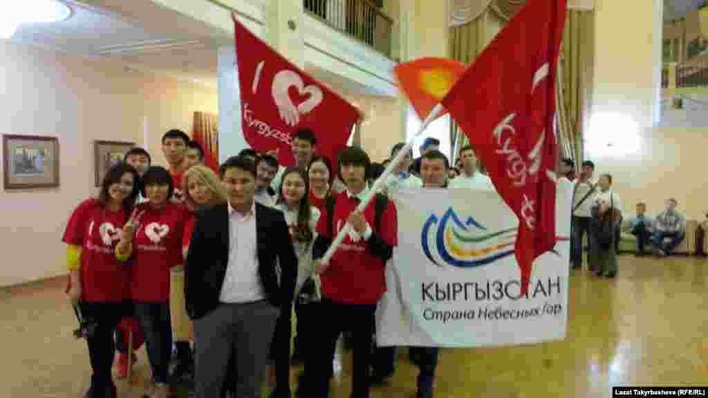 Состав команды «Азия Микс» в этом году был обновлен. В бишкекскую команду вошли представители из Узбекистана и Таджикистана.