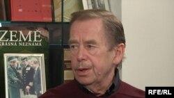 Վացլավ Հավելը «Ազատություն» ռադիոկայանի Պրահայի կենտրոնակայանում, 21 հոկտեմբերի, 2009