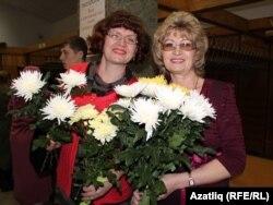 Нәзирә Короткевич (у) бертуган апасы Рәсилә белән