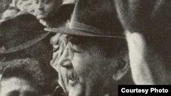 ايمره نوج، نخست وزير اصلاح طلب مجارستان، پس از سرکوب قيام توسط ارتش شوروى، اعدام شد.