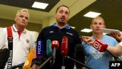 Лидер Всероссийского объединения болельщиков Александр Шпрыгин после возвращения в Москву