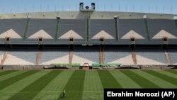 نمایی از استادیوم آزادی در تهران