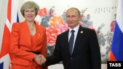 Theresa May (left) and Vladimir Putin last met for formal talks on the sidelines of a G20 summit in China in 2016.