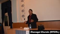 Председатель общественного объединения «Дети войны» Сарсен Шакибаев.