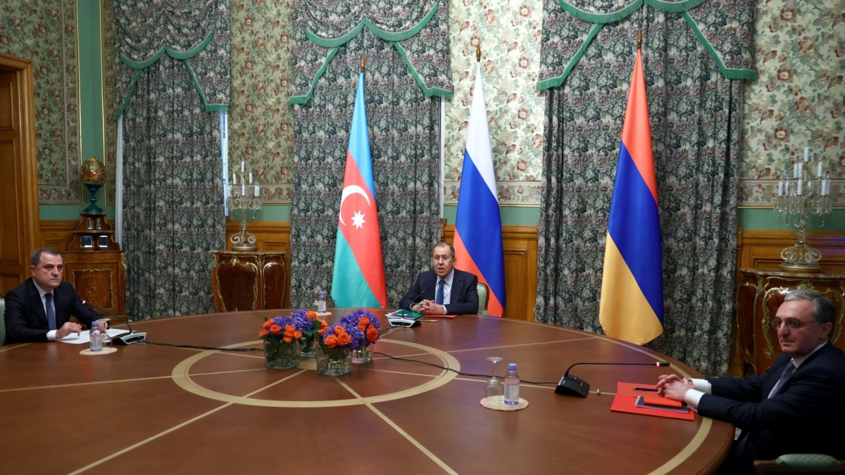 Armenia, Azerbaijan Trade Blame Over Stalled Talks