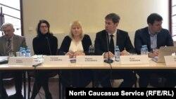 Адвокаты Оюба Титиева на пресс-конференции 6 марта 2019 г.